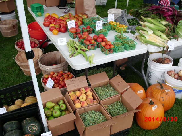farmer's market table